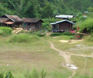 လိုဘာခိုကျေးရွာအုပ်စု အုပ်ချုပ်ရေးမှူး နှင့် တွေ့ဆုံမေးမြန်းခြင်း
