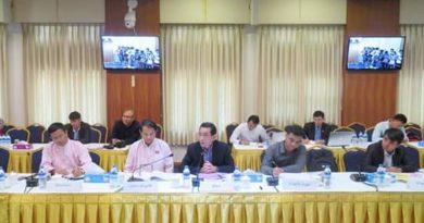 ၿငိမ္းခ်မ္းေကာ္မရွင္နွင့္ UNFC၏နိုင္ငံေရးဆိုင္ရာ ညိွနိွဳင္းေဆြးေႏြးေရးကိုယ္စားလွယ္အဖြဲ႔ (DPN)တို႔ ေတြ႔ဆုံေဆြးေႏြစဥ္ ( Hla Maung Shwe Facebook)