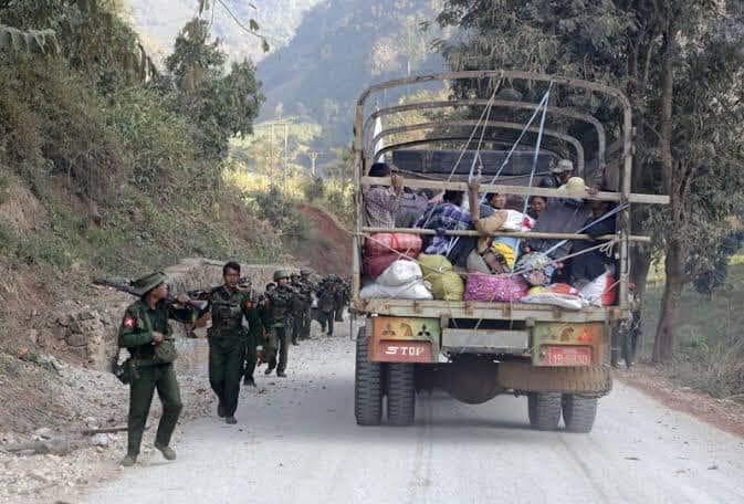 ယနေ့မနက် ကေအဲန်ပီပီနှင့် စစ်တပ်တိုက်ပွဲဖြစ်ပွား