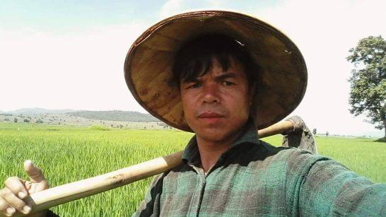 လွိုင်ကော်မြို့နယ် မြေနီကုန်းကျေးရွာမှ တောင်သူတစ်ဦးကို ယနေ့နံနက်ပိုင်းတွင် ရဲစခန်းမှ ဖမ်းဆီးခေါ်ဆောင်သွား
