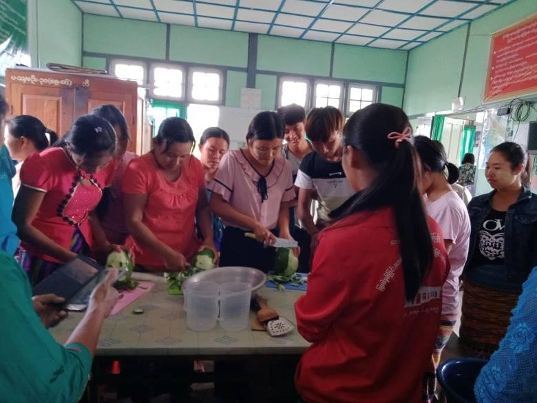 အမျိုးသမီးများ ဝင်ငွေတိုးလုပ်ငန်း လုပ်ကိုင်နိုင်ရန် စွမ်းရည်မြှင့်သင်တန်းပြုလုပ်