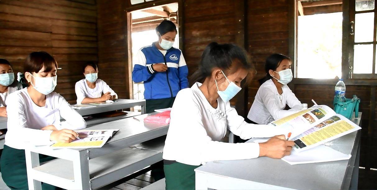 အခြေခံပညာကျောင်းများတွင် ယခုစာသင်နှစ်အတွက် အမျိုးအစား(၄)မျိုးဖြင့် သင်ကြားနိုင်ရန်စီစဉ်ထား